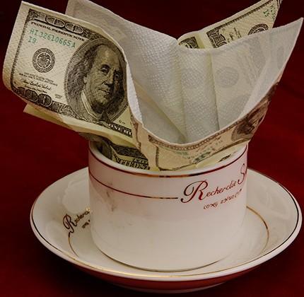Mouchoirs en forme de 100 dollars - farce et attrape