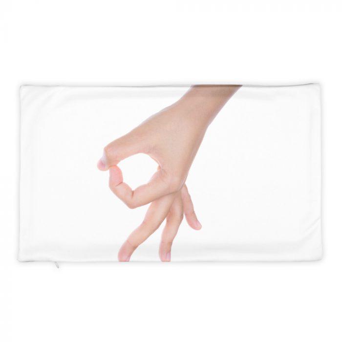 Taie d'oreiller avec main (verso)